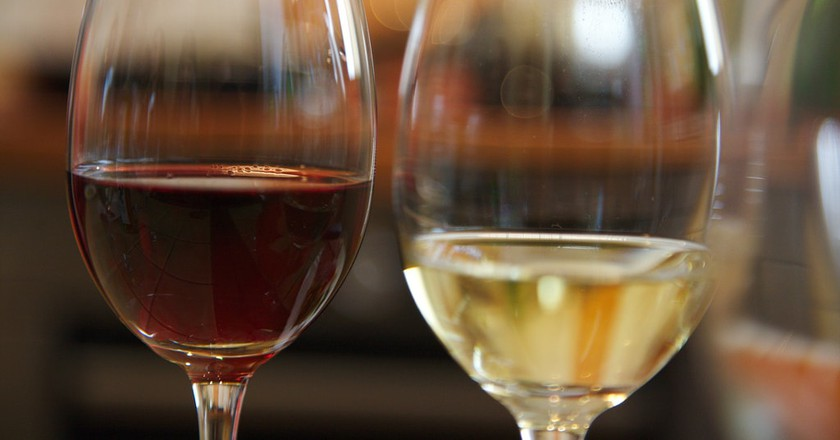 Are you more a red or a white wine person?   © Ralf Smallkaa / Flickr
