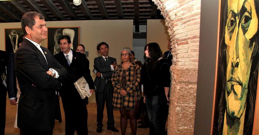 Rafael Correa, President of Ecuador, visits an exhibition in Cádiz's Santa Catalina castle in 2012; Cancillería del Ecuador/flickr