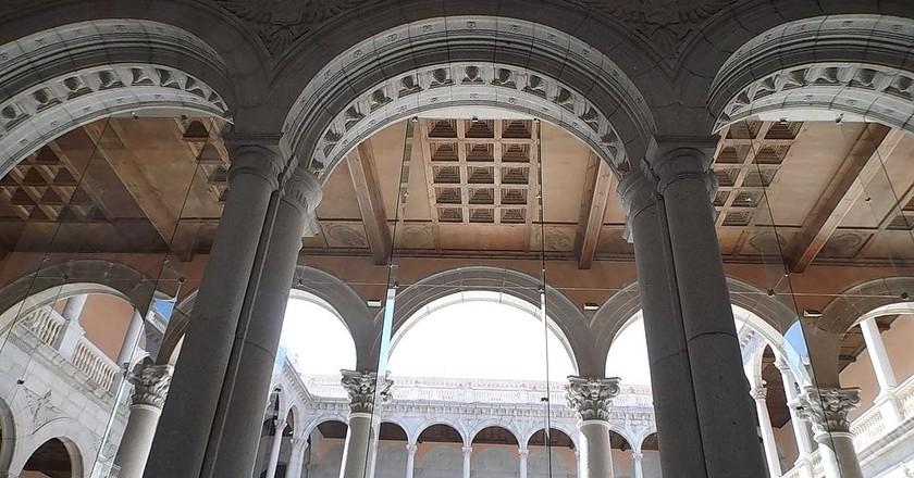 Inside the Alcázar de Toledo   © Eunostos / WikiCommons