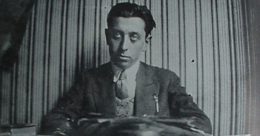 The surrealist writer Robert Desnos | Menerbes/WikiCommons