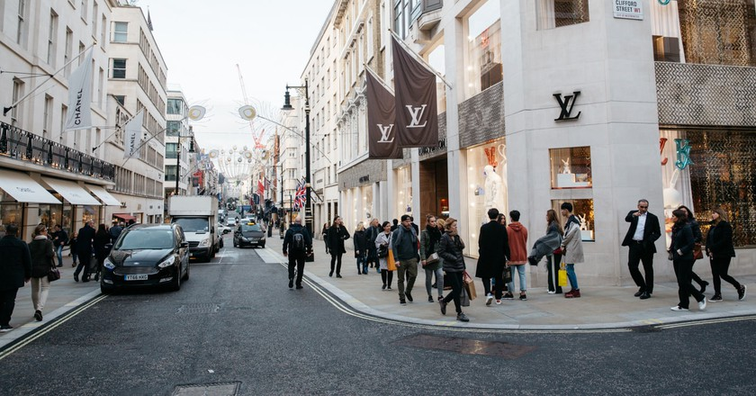 24 Photos That Prove London's Mayfair Is a Luxury Traveller's Playground