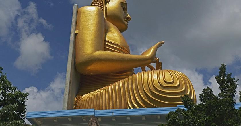 Golden Dambulla Temple | © Koshy Koshy / Flickr