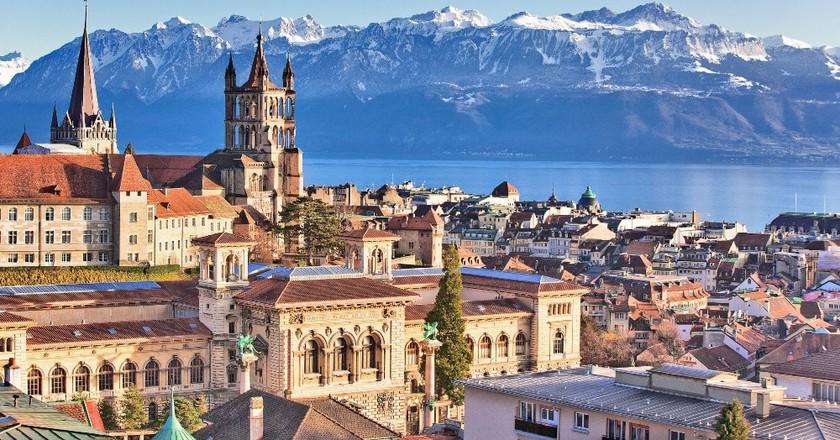 Lausanne on the shores of Lake Geneva | © Regis Colombo