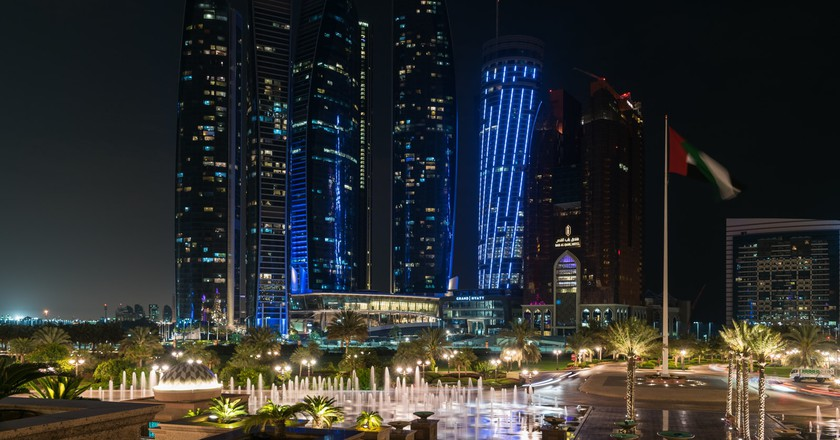 The iconic skyline of Abu Dhabi | ©Gilles Messian / Flickr