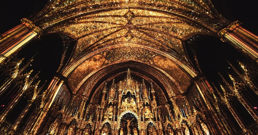 AURA in Montreal's Notre-Dame Basilica, 2017 | Photo © Moment Factory