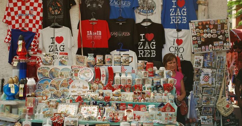 Zagreb souvenir stall   © Elvira Nimmee/Flickr