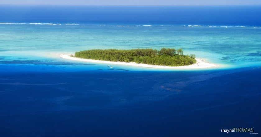 Ariel view of Mnemba Island   © Shayne Thomas/Flickr