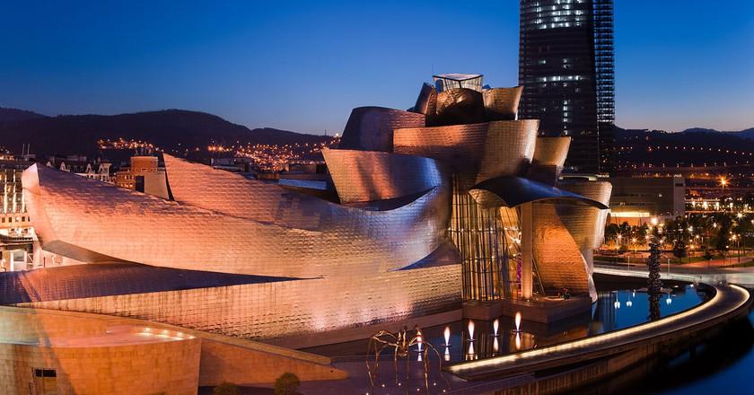 Guggenheim Bilbao | © Neil Tinmouth / WikiCommons