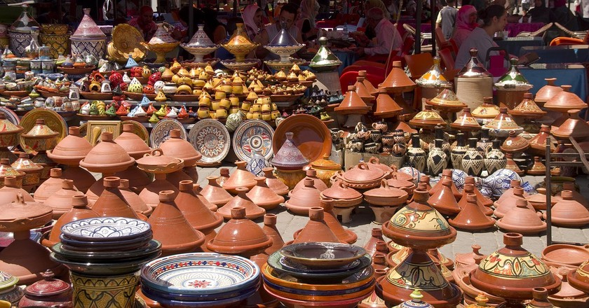 Tagines and pottery for sale in Meknes | ©  DanielWanke/Pixabay