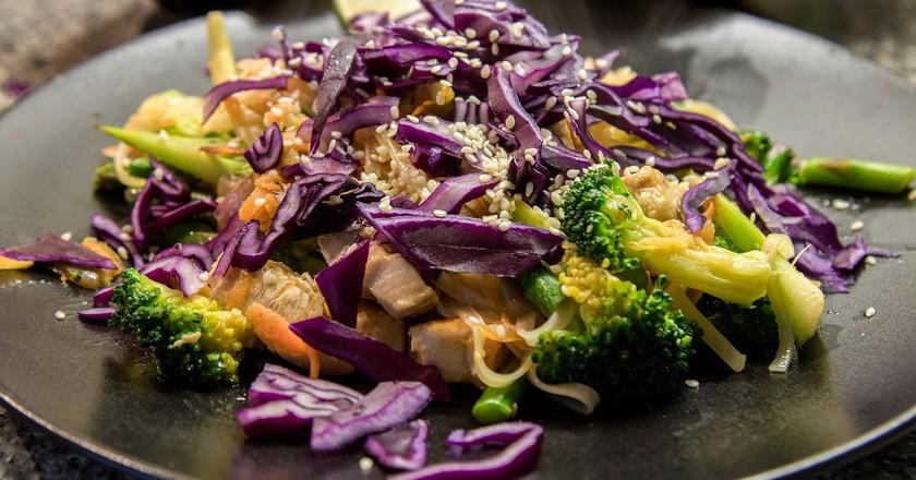 Colorful stir-fried ingredients   © Zichrini / Pixabay