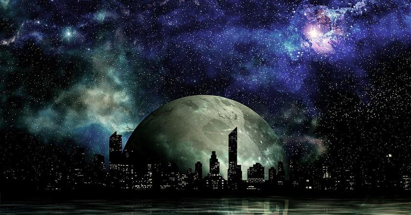 Science fiction   © tombud / Pixabay