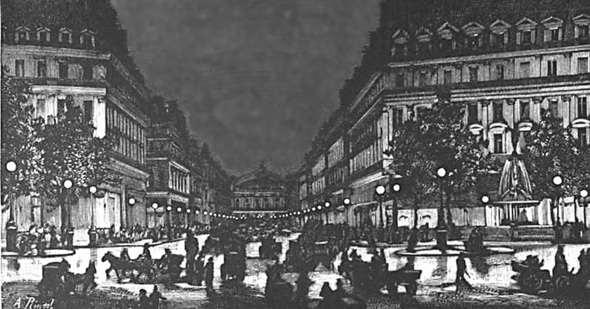 Yablochkov candles on Avenue de l'Opera in Paris | © A. Rintel / WIkiCommons