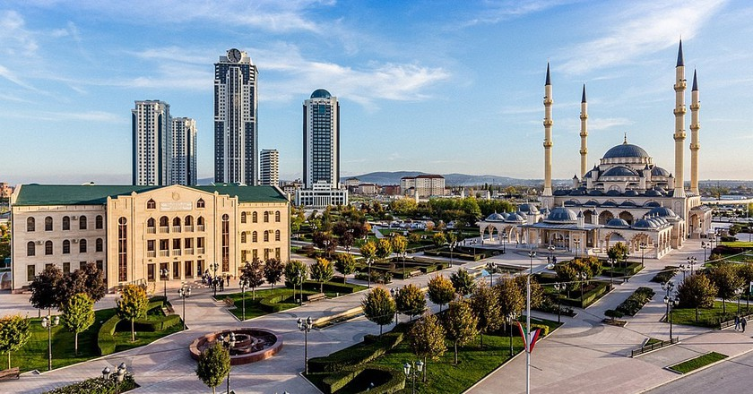 Heart of Chechnya - Akhmad Kadyrov Mosque | © Rasul70/ Wikimedia Commons
