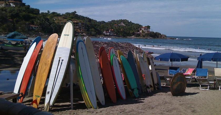 Surfing Sayulita │© Megan Coughlin / flickr