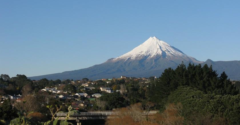 Mount Taranaki   ©Andrew and Annemarie/Flickr