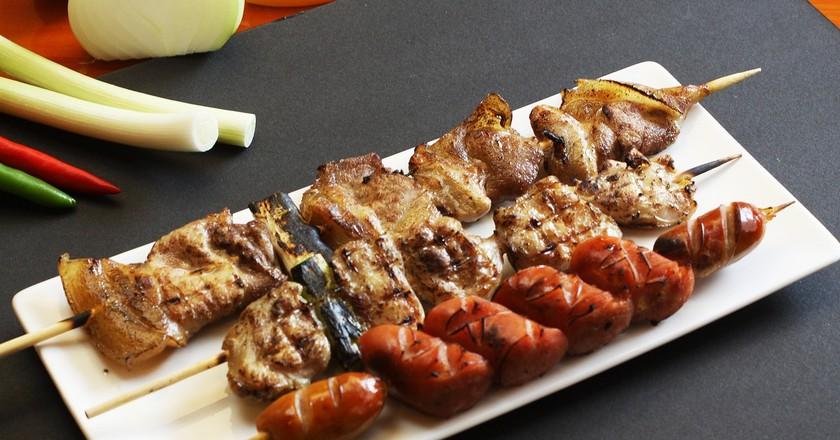 Pork skewers   © neosomoceo/Pixabay