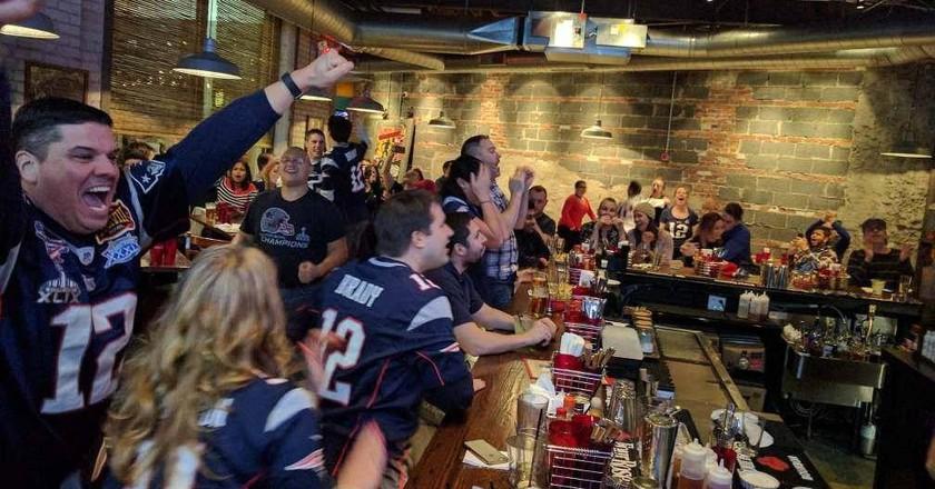Boston Restaurants with the Best Super Bowl Specials