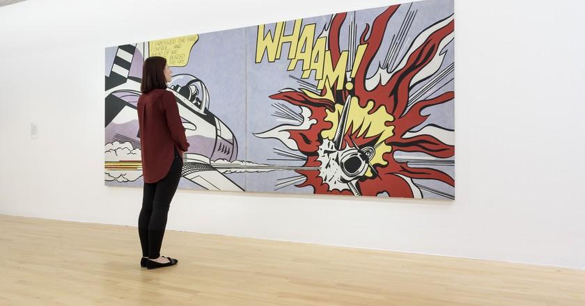 Roy Lichtenstein's Whaam! (1963) on display at Tate Liverpool | © Tate Liverpool, Roger Sinek