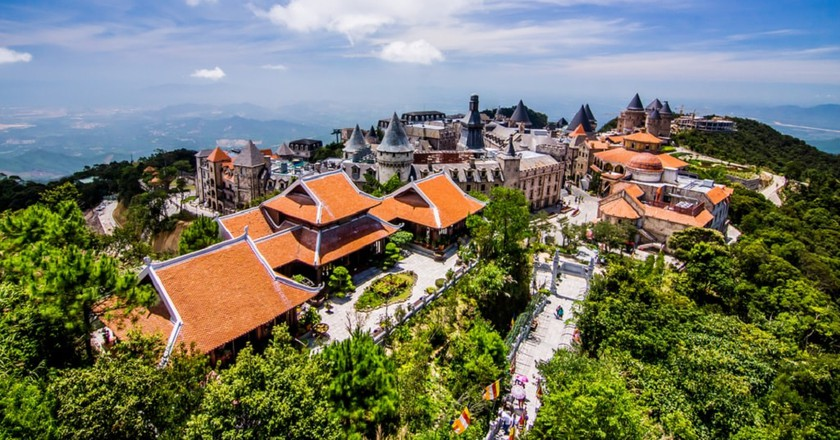 The weird and wonderful Ba Na Hills mountain resort | © THANA NATTRIBHOP/Shutterstock