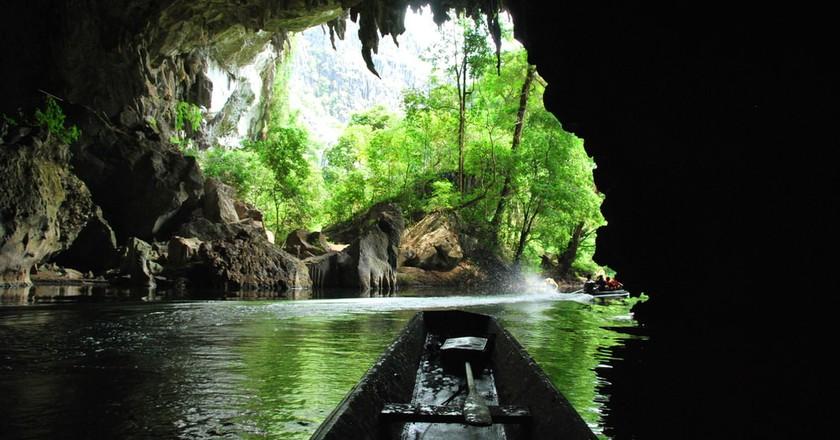 Cave Kong Lor | © James Wagstaff/Shutterstock