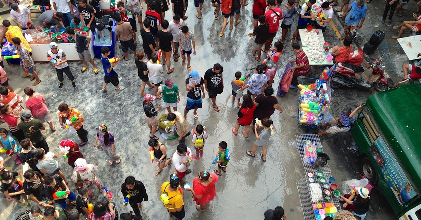 Songkran water fights at Silom | © James Antrobus / Flickr