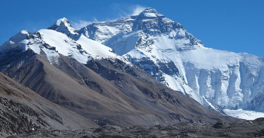 is it unethical to climb mount everest