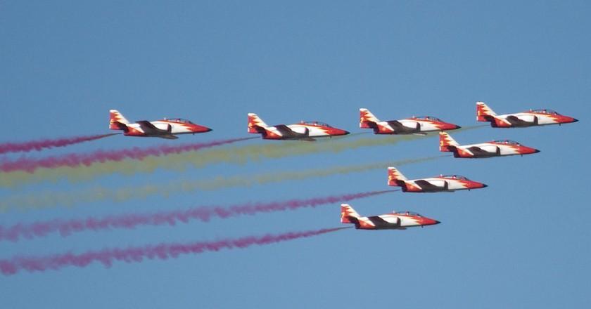 The Spanish airforce's aerial display | © Nils van der Burg/Flickr