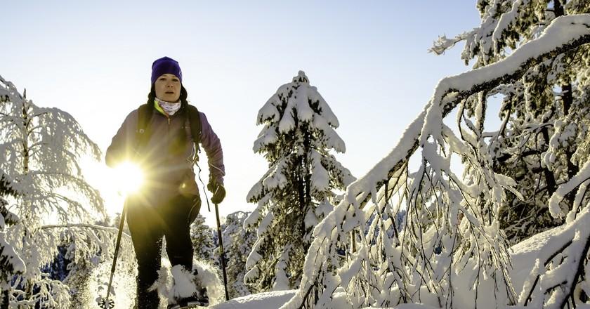 Snowshoeing in Finland | © Visit Lakeland / Flickr
