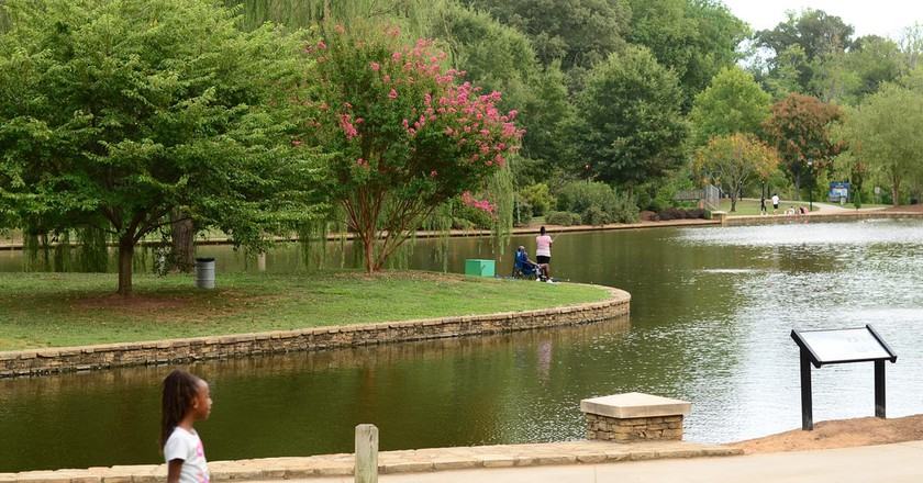 Lake shot at Freedom Park in Charlotte, NC | © cheriejoyful/Flickr