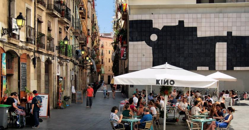 A bar opposite the MACBA in El Raval I © Jorge Franganillo / Flickr