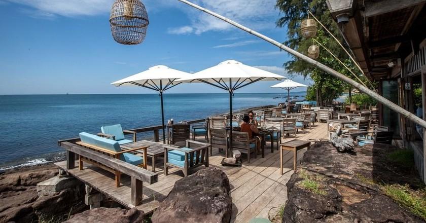 Beach Bar | Courtesy of Hotels.com