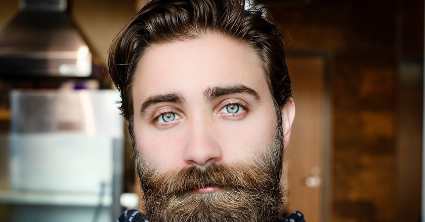what percentage of men have beards