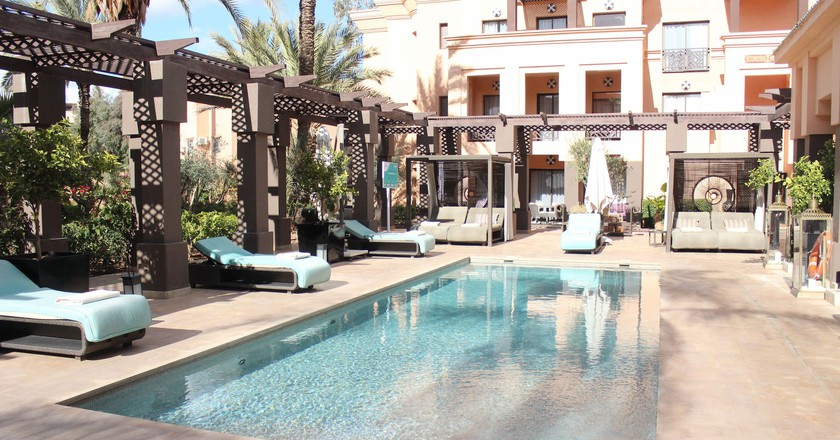 Swimming pool at the Spa of the Mövenpick Hotel