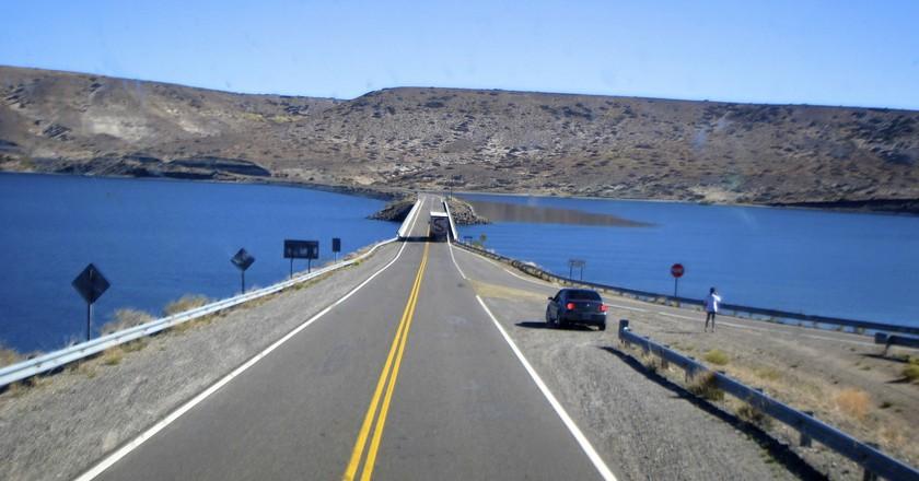 The open road in Bariloche | © Jennifer Morrow/Flickr