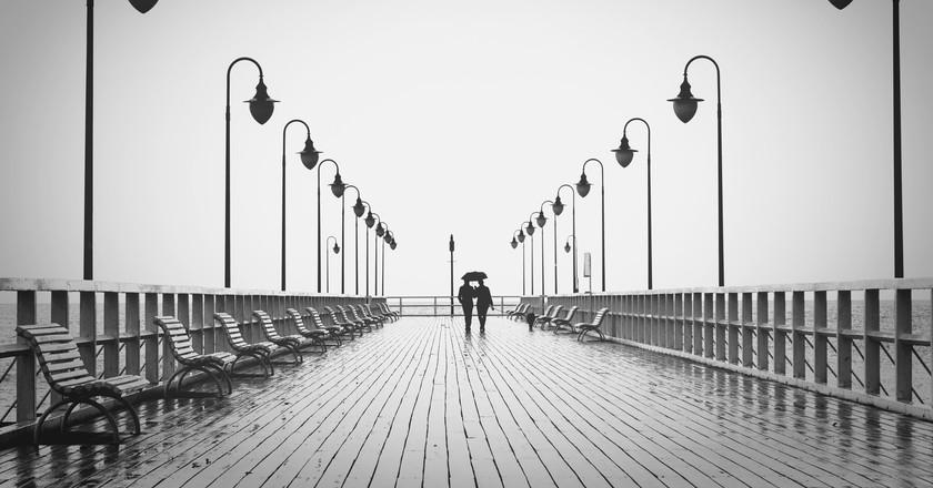 A Walk on a Bridge | © Pixabay/Pexels