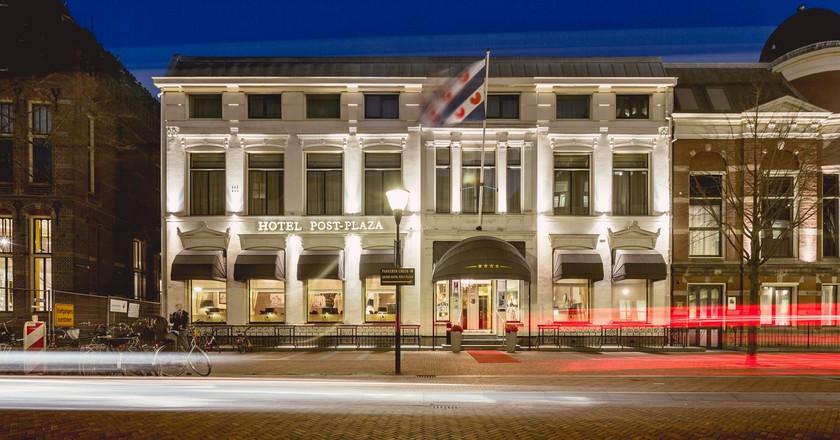 © Post-Plaza Hotel & Grand Café