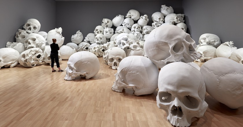 Installation view of Mass by Ron Mueck, 2017 on display at NGV Triennial at NGV International, 2017 | Photo: Sean Fennessy