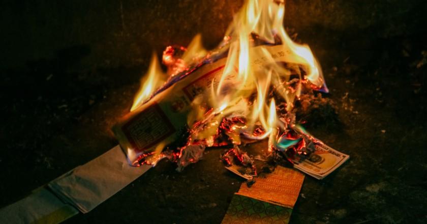 Burning Paper Money: A Vietnamese Tet Tradition
