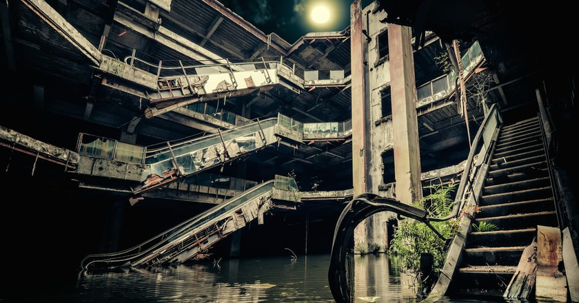 Bangkok's Eeriest Abandoned Buildings