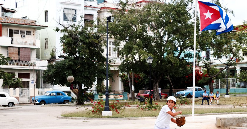 How to Watch a Baseball Game in Cuba