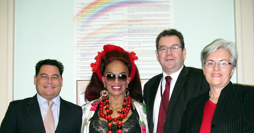Carmen Rupe (centre) with former politician Charles Chauvel (left), Labour MP Grant Robertson and former Labour MP Maryan Street