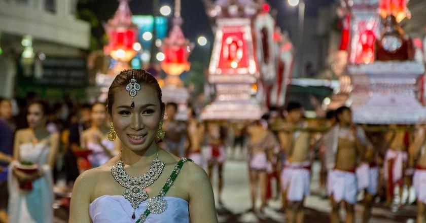 Procession for Loy Krathong, a popular Thai festival   © Stefan Magdalinski / Flickr