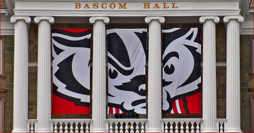 Bucky Badger at the University of Wisconsin | © Ron Cogswell / Flickr