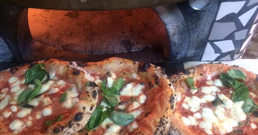 Pizza from Pizzeria Oro Di Napoli