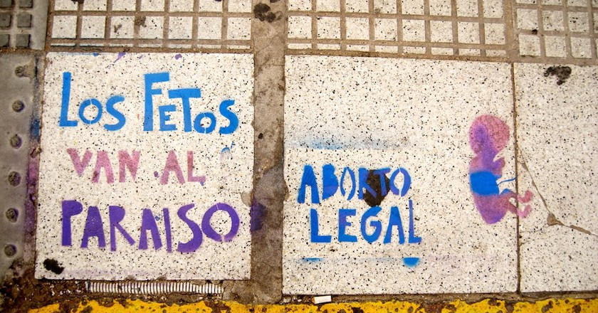 Graffiti calling for legal abortion in Argentina
