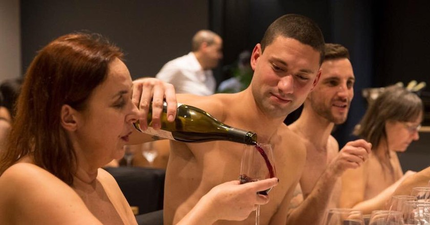 Nude dining with The Naturist Association in Paris