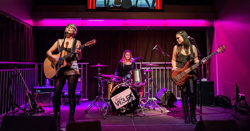True Violet performing live at Rusty's Surf Ranch in Santa Monica
