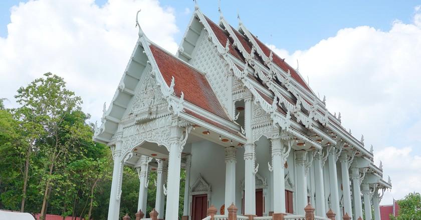 "<a href=""https://pixabay.com/en/church-wat-khai-bang-rachan-2822715/"" rel=""noopener"" target=""_blank"">One of Singburi's many lesser-visited religious sites | © zephyz / Pixabay</a>"
