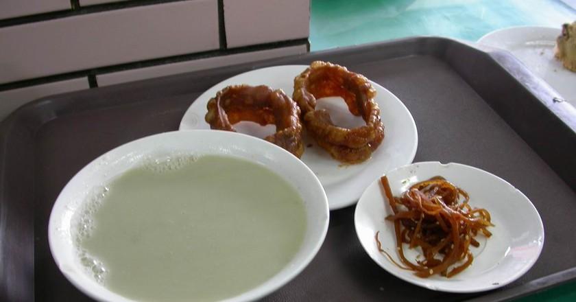 Beijing snacks   © snowyowls / WikiCommons
