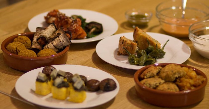 Vegan and gluten-free delicacies from Oak Bistro to tempt your taste buds